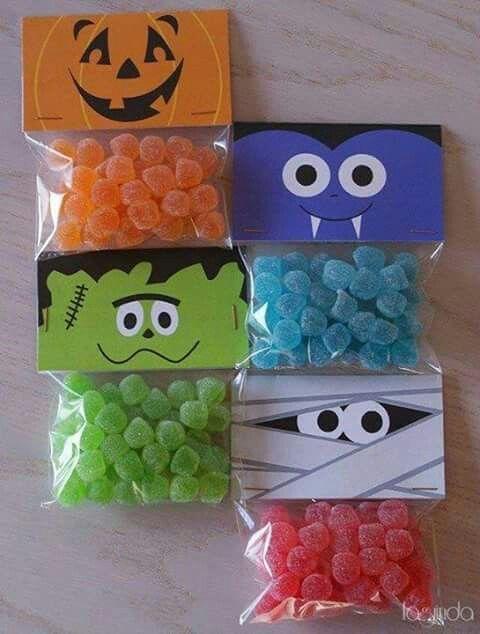 Uma ideia bonitinha e fácil para fechar saquinhos de doces de forma simples e barata. Basta papel colorido e canetinha. O tipo de docin...