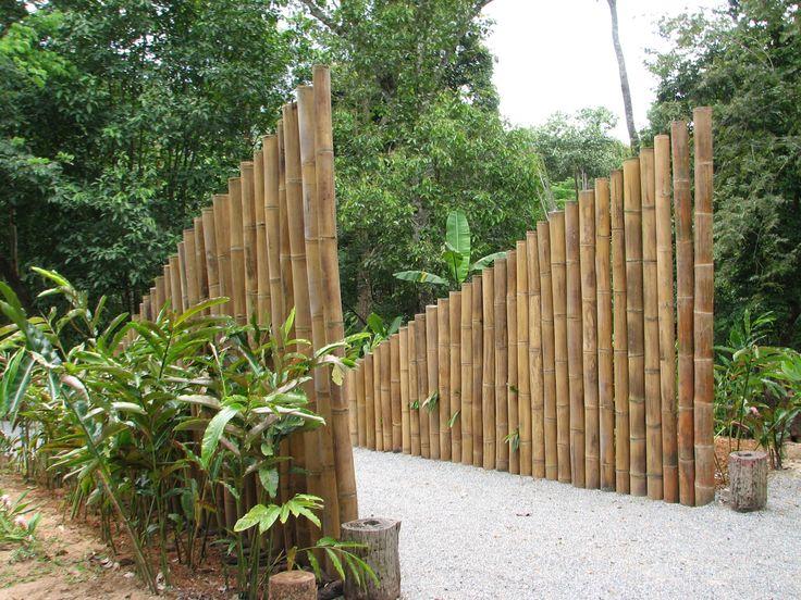 Bamboo Gateway sculpture, QSBG 2015, James Eddy