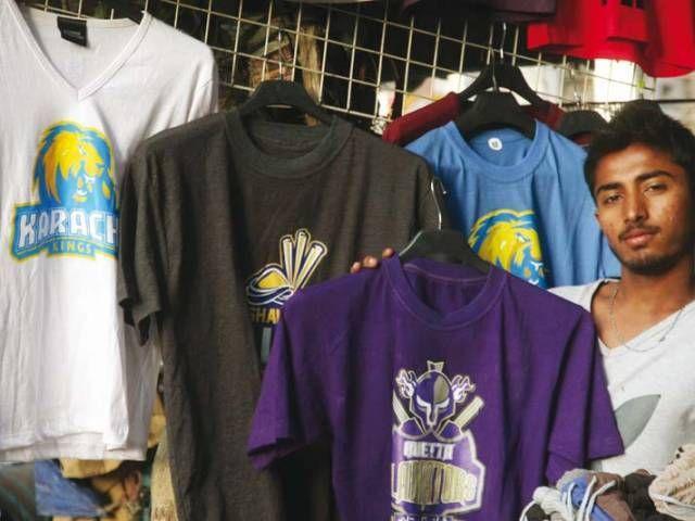 Wooing spectators: PSL teams vie for fans loyalty - The Express Tribune