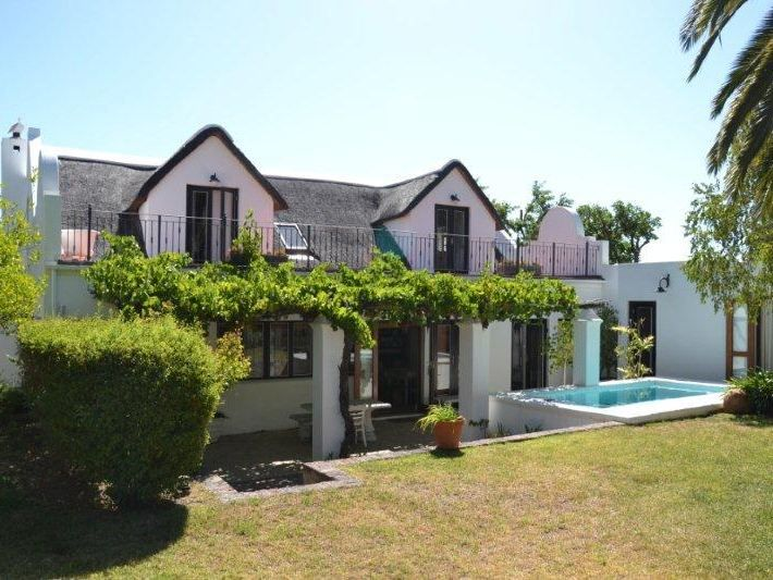 Luxury Thatched Cottage - This Luxury Thatched Cottage was built in 1882 and located in a quiet residential area of Franschhoek.  Franschhoek which means 'French Corner' is a small town that lies in a beautiful wine valley ... #weekendgetaways #franschhoek #southafrica