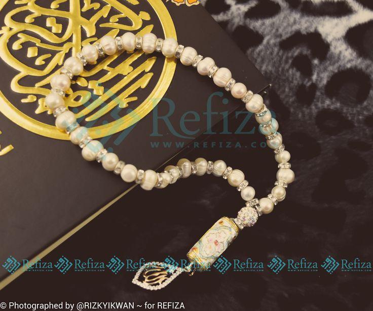 Our New Product !!! Tasbih Cantik Mutiara Air Tawar, dilengkapi dengan aksesoris Lafadz Allah.