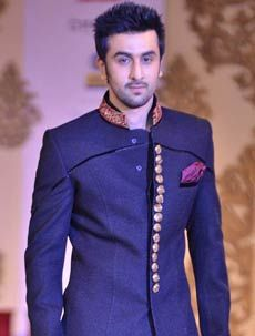After our last post about Salman Khan Wedding Sherwani, we got many requests for Ranbir Kapoor Wedding Sherwani. He loves to wear Indian Ethnic Sherwani as he was born to Rishi Kapoor an Indian actor.