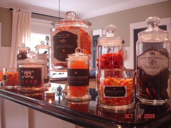 Halloween - Jars of Sweets
