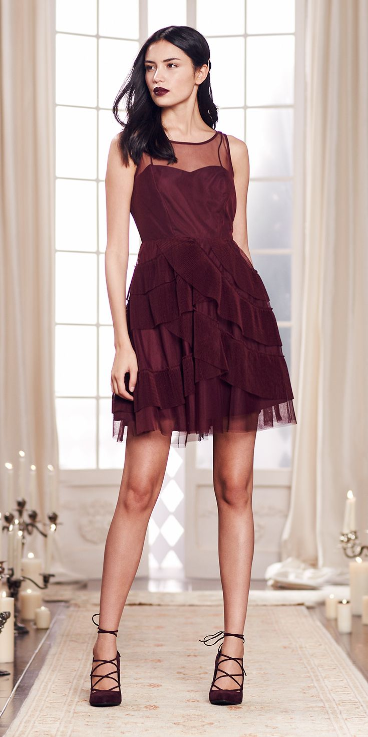From the fitted bodice with the sheer overlay to the cross-layered skirt, the charm keeps coming with this port wine fit-and-flare frock. Shop the complete LC Lauren Conrad Runway Collection at Kohl's.
