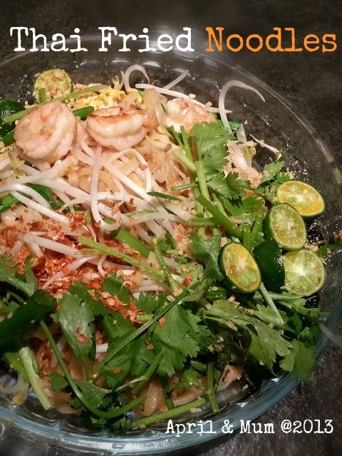 Mom's Recipe: Thai Fried Noodles (Phad Thai) - Very well-known and popular in worldwide Thai restaurants!