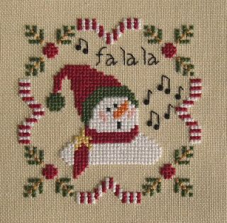Fa La La Snowman Cross Stitch Freebie - http://stitchingdream.blogspot.com
