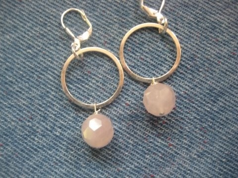 Handmade dainty pink quartz bead earrings! These dangle from  sterling silver circles.: Pink Quartz, Bead Earrings, Dainty Pink, Beads Earrings, Quartz Beads, Quartz Earrings, Silver, Handmade Dainty, One Of A Kind Pink