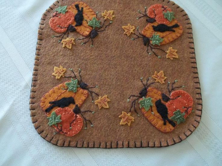 Primitive Square Penny Rug Pumpkins and Crows Candle Mat w/free shipping!