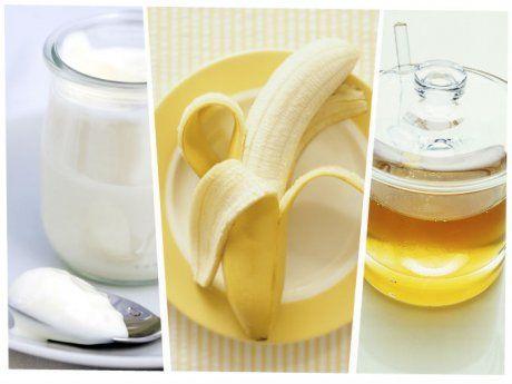 Mascarilla antiarrugas efecto botox: Ingredientes: ¼ de taza de yogurt natural ½ plátano (entre más maduro este el plátano, mejor para tu piel) 1 cucharada de miel natural Cómo funciona: El ácido láctico que tiene el yogurt exfolia suavemente la piel de tu rostro, mientras que la miel la humecta naturalmente, y el plátano ayuda a que nuestro cutis se relaje y el aroma de la fruta nos calma. Esparce con cuidado la mezcla sobre tu rostro. Relájate por 15 minutos. Enjuaga con agua tibia.
