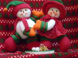 Muñecos de nieve danzarines