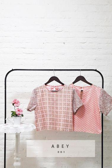 Abey 001 IDR 285.000 Casual Day Look Batik Blouse  Length of Blouse : 48 cm  Material used : Batik Cap, Cotton. Premium Japanese Cotton.  Free Size (Bust up to 100 cm)