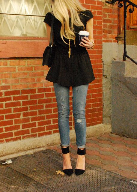 JEANS AND BLACK TOP NYC STREET STYLE