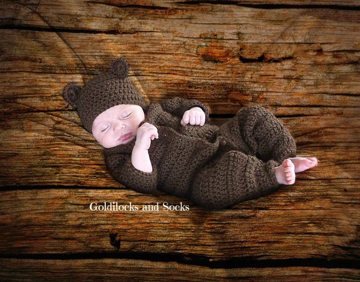 Newborn baby outfit, baby bear outfit, crochet winter outfit, brown bear hat, baby bear suit, baby bear hat, baby winter outfit Thanksgiving by GoldilocksandSocks on Etsy https://www.etsy.com/listing/247953989/newborn-baby-outfit-baby-bear-outfit