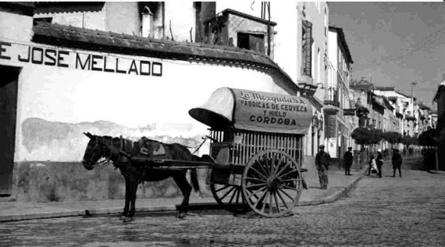 Carro en la Calle de la Feria. Cortesía: Rafael Pulido Jurado. Guadalcázar, Córdoba (España)