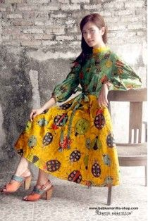 batik amarillis's ildiko dress