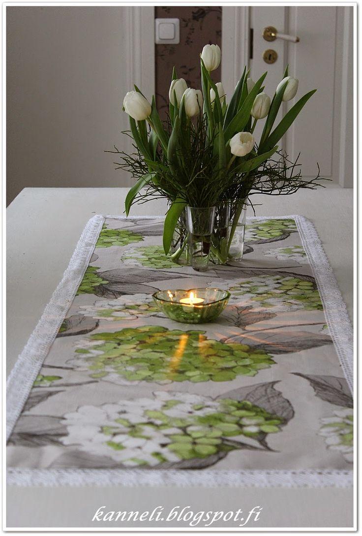 Pentik Hortensia -tablecloth