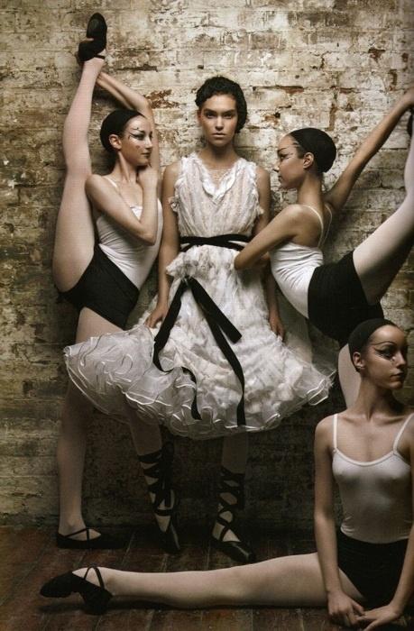 by Beca Ramos  Patrick Demarchelier / Vogue UK June 2011.