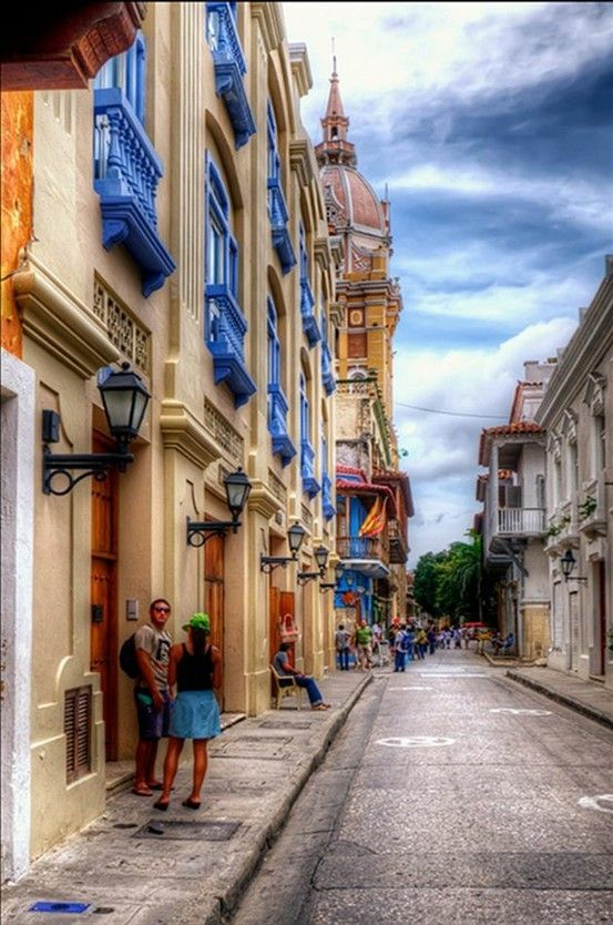 Colombia. Color my world.
