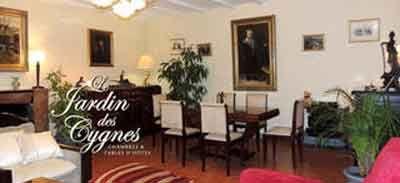 Salle à manger des Chambres d'hôtes à vendre à Pineuilh en Gironde entre Bergerac et St-Emilion