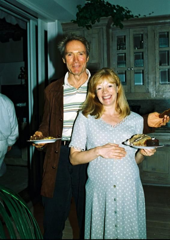 A photo of Clint Eastwood and Frances Fisher back in 1988.