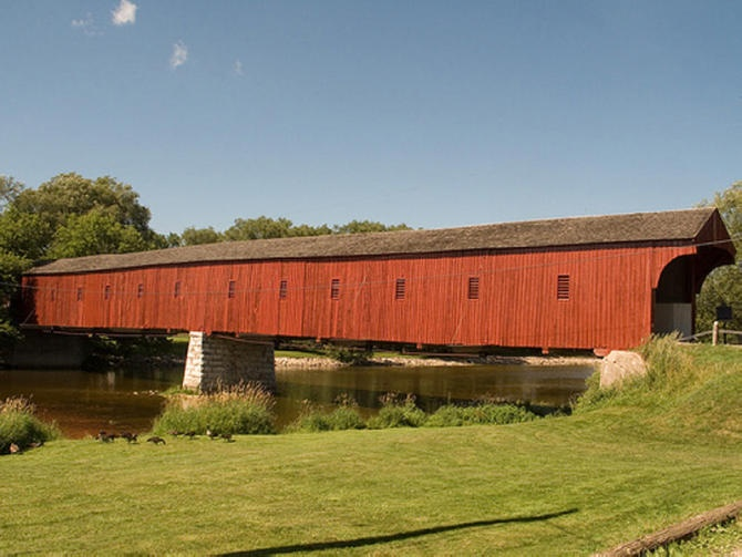 Do you know the movie: The Bridges Of Madison County? The bridge in that movie is like this bridge.