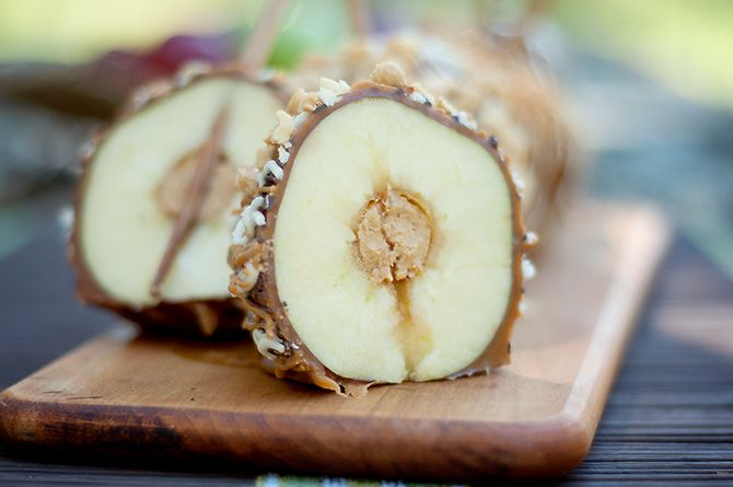 Peanut Butter-Stuffed Gourmet Caramel Apples (Look, Ma! No core!)
