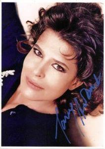 *-* Fanny ARDANT - Fanny Marguerite Judith  - * nar. 22.3.1949 - Saumur, Maine-et-Loire, Francie - je francúzska herečka.  ■Partner - Dominique Leverd (1975) 1 dcéra --François Truffaut (1983) 1 dcéra --Fabio Conversi (1990) 1 dcéra ■ Objavila sa vo viac ako osemdesiatich filmoch od roku 1976. Ardant vyhrala cenu César  za najlepší ženský herecký výkon v roku 1997 za svoj výkon vo Pedale Douce .