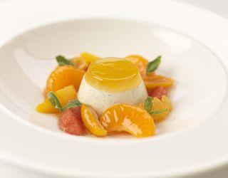 Recipe - Vanilla panna cotta with basil-infused citrus fruits