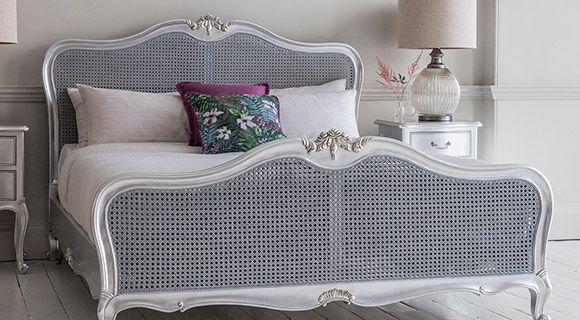 Glamorous bedroom furniture | ACHICA