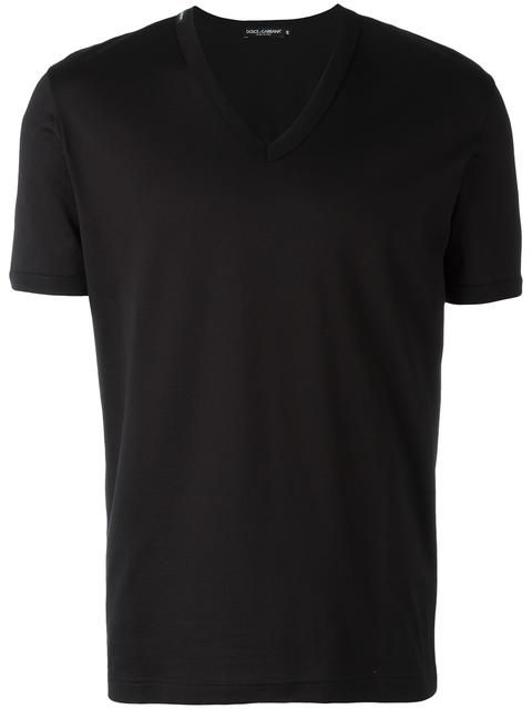 DOLCE & GABBANA v-neck T-shirt. #dolcegabbana #cloth #t-shirt
