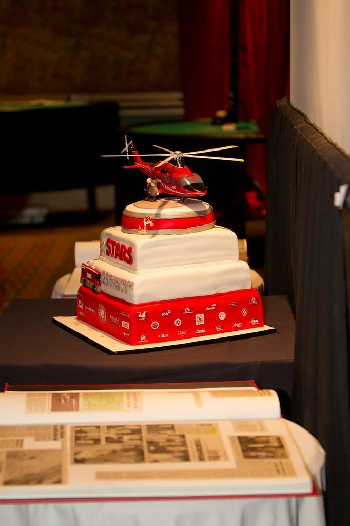 STARS 25th Anniversary Celebration cake