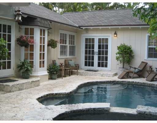 Bay windows floor to ceiling backyard pools pinterest for Floor to ceiling bay window