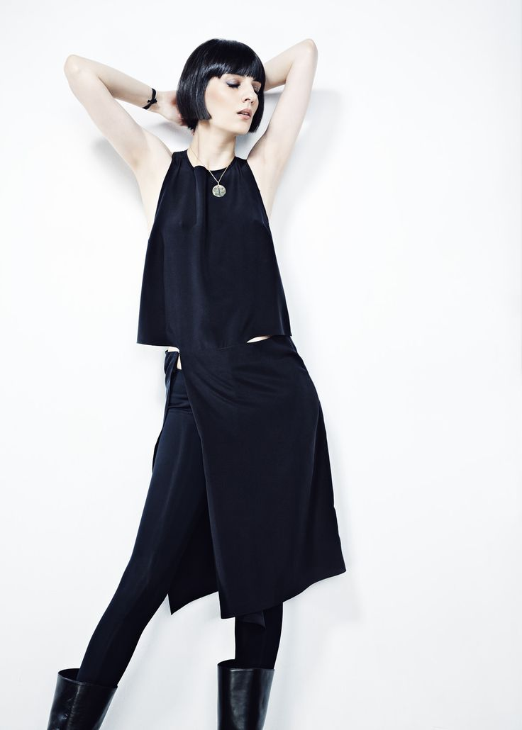 Black Crepe de Chine Cropped Dress // Spring 13 Photo : Gabi Hirit