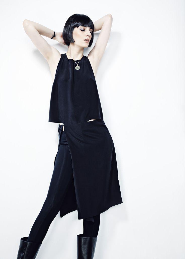 Black Crepe de Chine Cropped Dress // Spring 13 Photo : Gabi Hirit