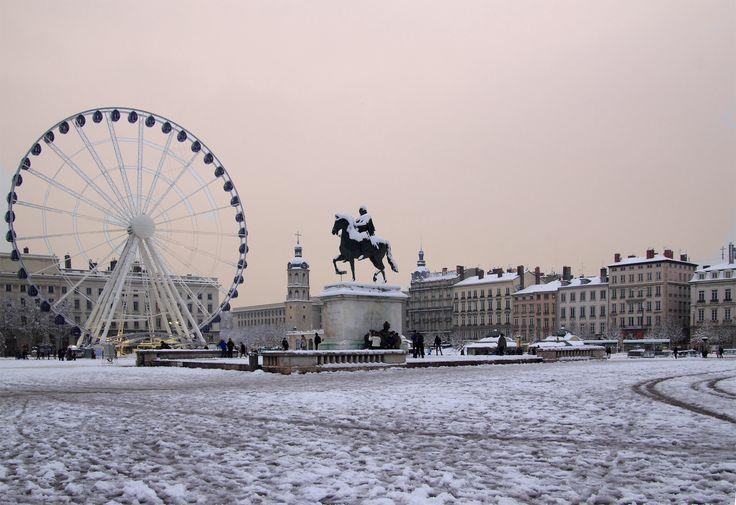 #Lyon #neige