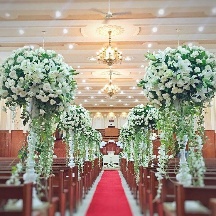 Iglesia ni Cristo church San Fernando La Union flowers arranged by Gideon Hermosa @akvillahermosawedding #floristgids