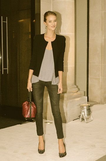 Simple & gorgeous: Rosie Huntington Whiteley, Chic Outfit, Fashion, Skinny Jeans, Style, Blazer, Closet