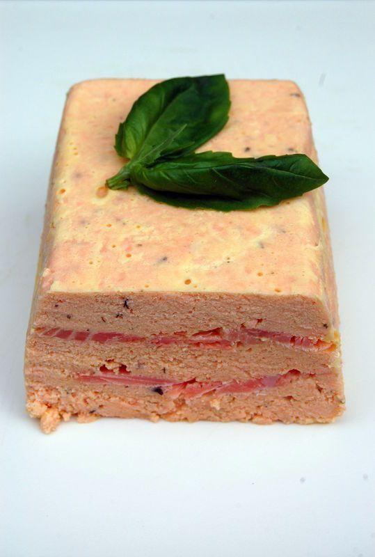 Salmon terrain. Terrine de saumon : top classe et la plus facile du monde ! | Torchons & Serviettes