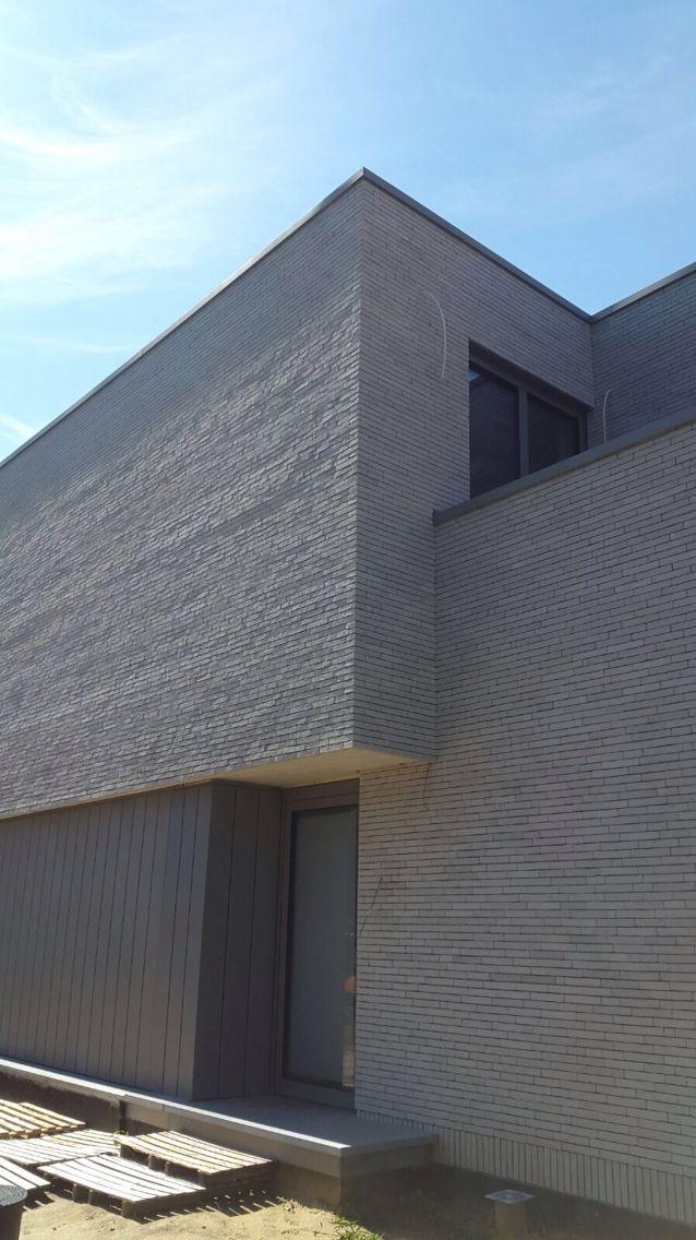 17 beste idee n over grijze bakstenen huizen op pinterest beschilderde bakstenen huizen huis - Kleur grijs zink ...