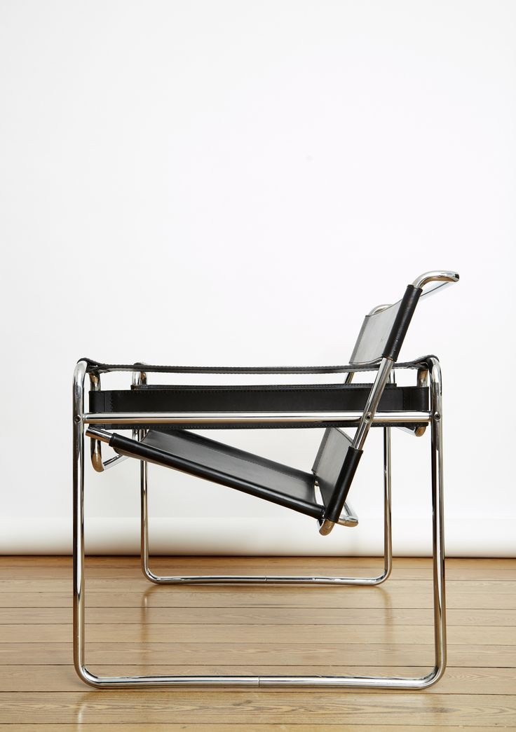 {w} Bauhaus furniture design: Marcel Breuer Wassily Chair. Steel tube (line) & leather (plane).