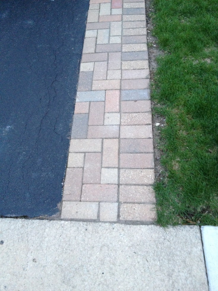 10 best driveway images on pinterest driveway ideas landscaping brick along side of asphalt driveway solutioingenieria Image collections