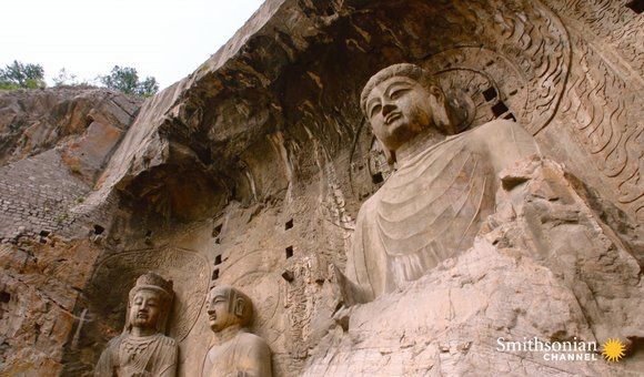 Wu Zetian's Bold Move at the Spectacular Longmen Grottoes (2:48)