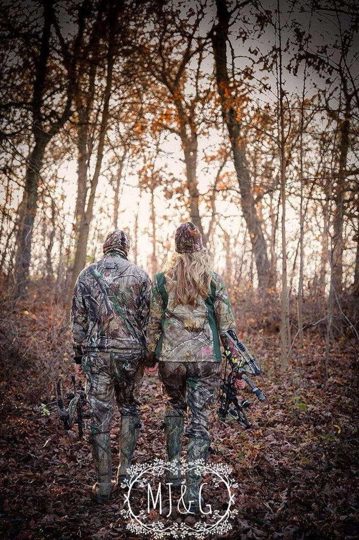 Bow hunting engagement photos ❤️