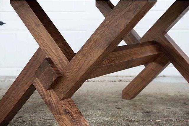 Very cool vortex base on this dining table by @timmillerstudio #table #tabledesign #tabledecor #diningroomtable #diningtable #wood #wooden #woodwork #woodworking #woodart #woodporn #festool #festoolfan #festooluk #festoolusa #chippylife #carpenter #carpentry #joiner #joiner – TheBeastCave