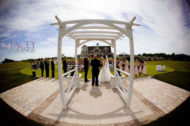 Beautiful outdoor ceremony at Cobble Beach, Kemble ON