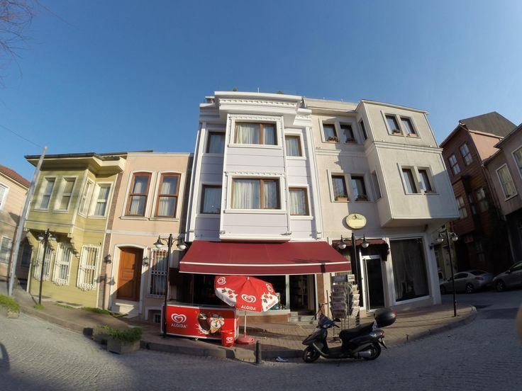 Istanbul Meydan Suites Turkey, Europe Meydan Suites is a popular choice amongst travelers in Istanbul, whether exploring or just passing through. The hotel offers guests a range of services and amenities designed to provide comfort and convenience. All the necessary facilities, including free Wi-Fi in all rooms, daily housekeeping, photocopying, printer, taxi service, are at hand. Some of the well-appointed guestrooms feature television LCD/plasma screen, cleaning products, cl...