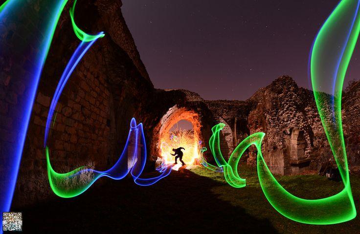 Light Painting - Light Art - Mart Barras - Streamers - Nikon D7100 - f/5.6, 8.0mm, ISO 200, 94 - 8/11/2014