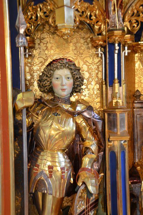 Josef Mittlböck-Jungwirth | Vergoldung der 3 aus Lindenholz geschnitzten Reliefs am Ambo für Papst Benedikt XVI im Petersdom Rom 2011 | auro...