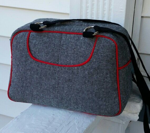 Swoon bag... Donna.  Red piping,  inside pockets.  Nice bag. Swoon sewing patterns.