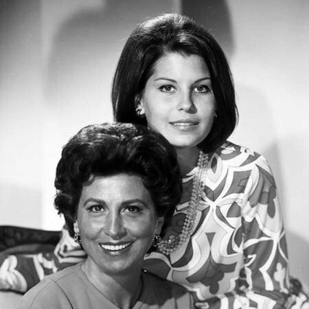 Nancy Sinatra Sr. and daughter Tina Sinatra in the 1960s